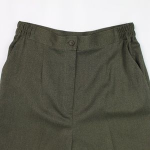 Orvis green pleated front trousers pants slacks